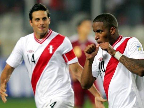 Perú vs Chile en vivo Eliminatorias Brasil 2014